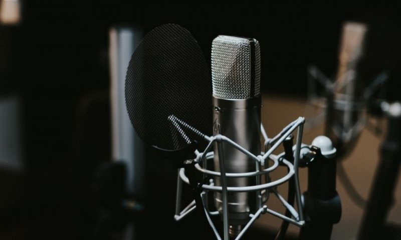 Best Music Recording Microphones For Home And Professional Studios