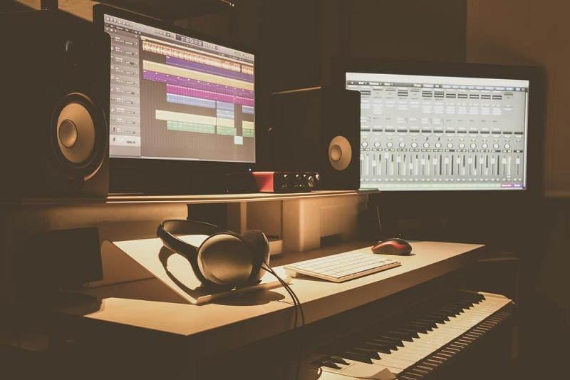 Recording Studio Under $150