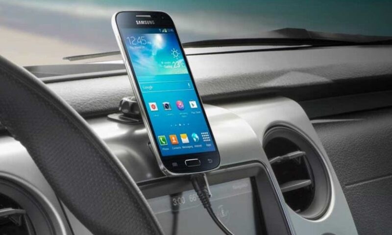 Handy Cell Phone Holders and Mounts for your Vehicle or Truck